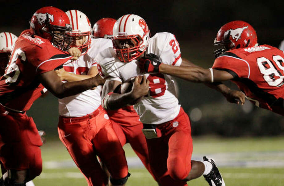 sports highschool article north shore edges katy playoff game between