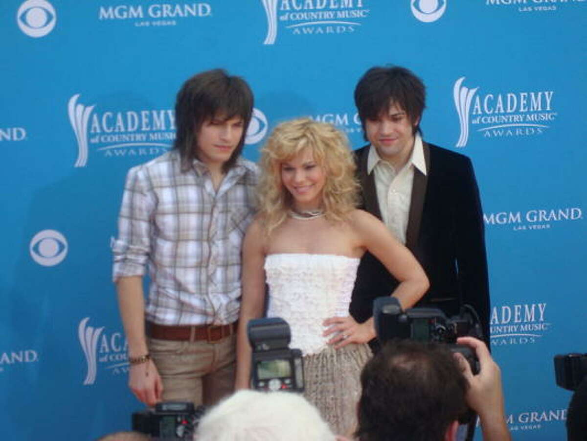 The Band Perry for Best Vocal Group. Flickr photo by burningkarma