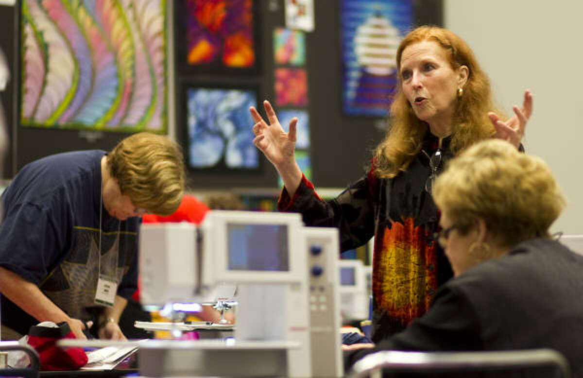 Caryl Bryer Fallert goes over some ideas on making patterns during a class she's teaching during the International Quilt Festival.