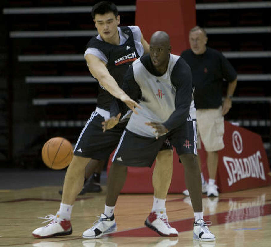 Marcus Campbell (center)Time with Rockets: 2008 training campCBA team(s): Fujian, Guangshu, Yunnan Photo: James Nielsen, Houston Chronicle