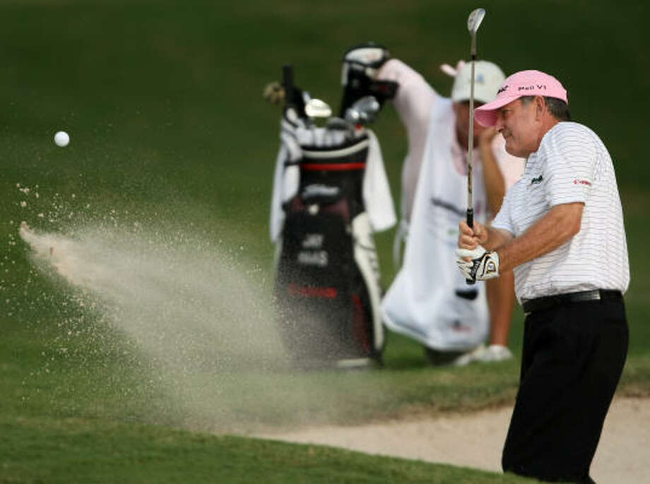 Jay Haas follows his bunker shot on No. 15 during the second round. Photo: ERIC CHRISTIAN SMITH, FOR THE CHRONICLE