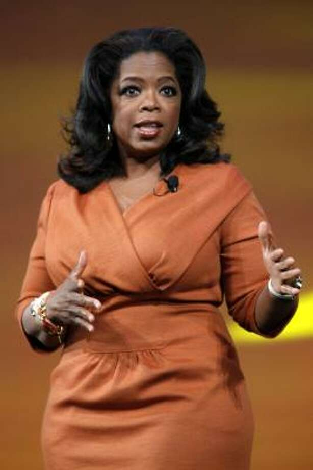 "Media mogul Oprah Winfrey co-taught a class with marketing consultant beau Stedman Graham at Northwestern's Kellogg Grad School of Management. The course? ""Dynamics of Leadership."" Photo: Mary Altaffer, AP"
