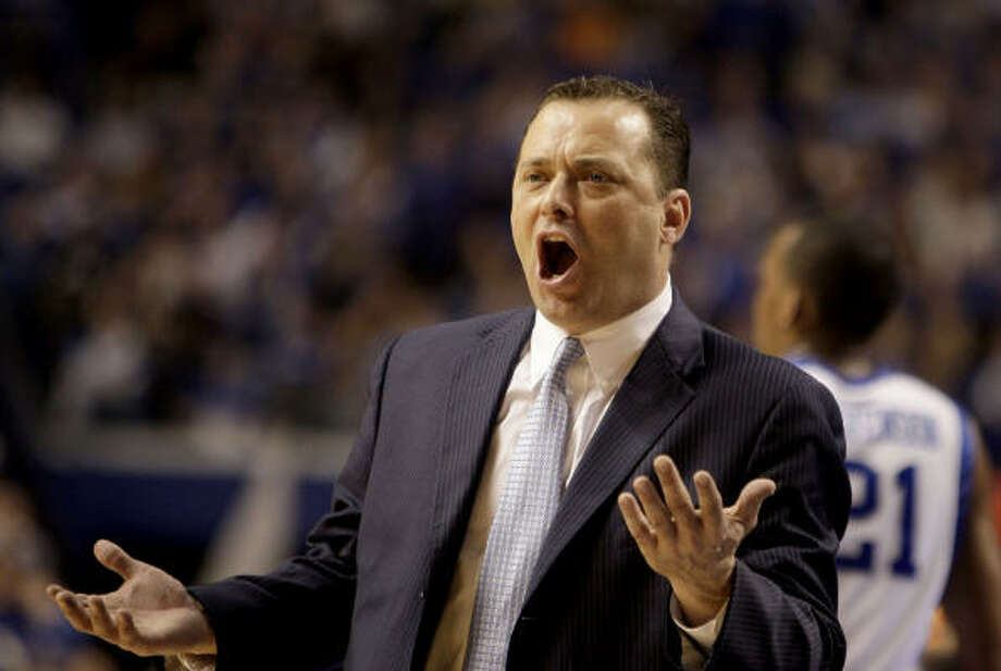 Billy Gillispie has a 140-85 record (.622) at UTEP, Texas A&M and Kentucky. Photo: David Perry, MCT