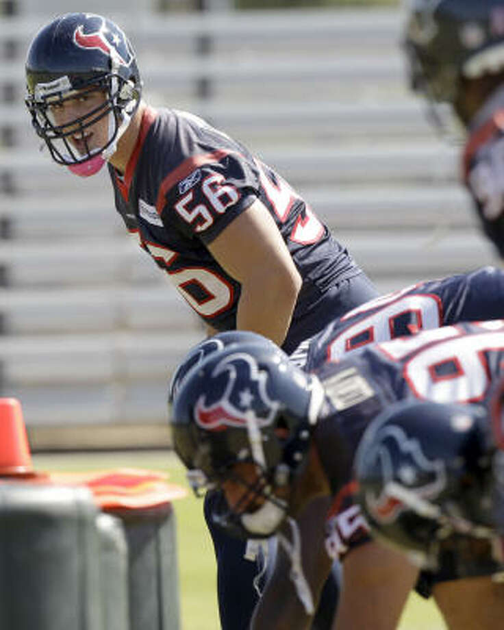 Cushing prepares to run a play. Photo: David J. Phillip, AP