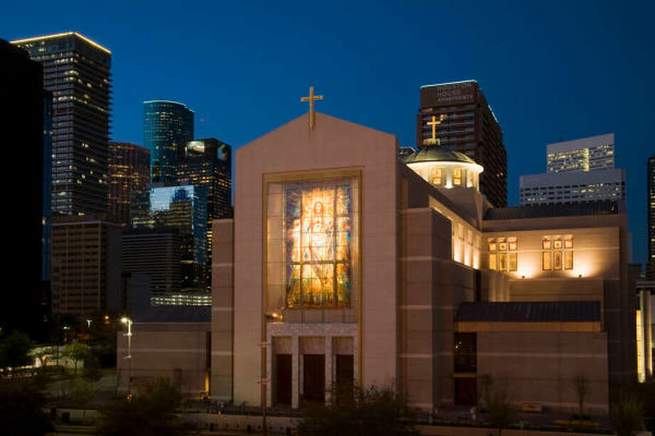 The Co-Cathedral of the Sacred Heart at dusk. Photo: Smiley N. Pool, Chronicle
