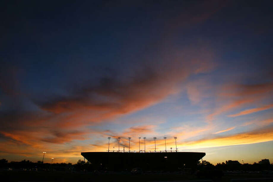 A colorful sunset drapes Rice Stadium on Aug. 20, 2010. Less than a month later, the venerable facility began its 61st season of football on Sept. 18. Read more on the stadium and Rice athletics and leave your best memories of the stadium in the Owls blog. Photo: Michael Paulsen, Chronicle