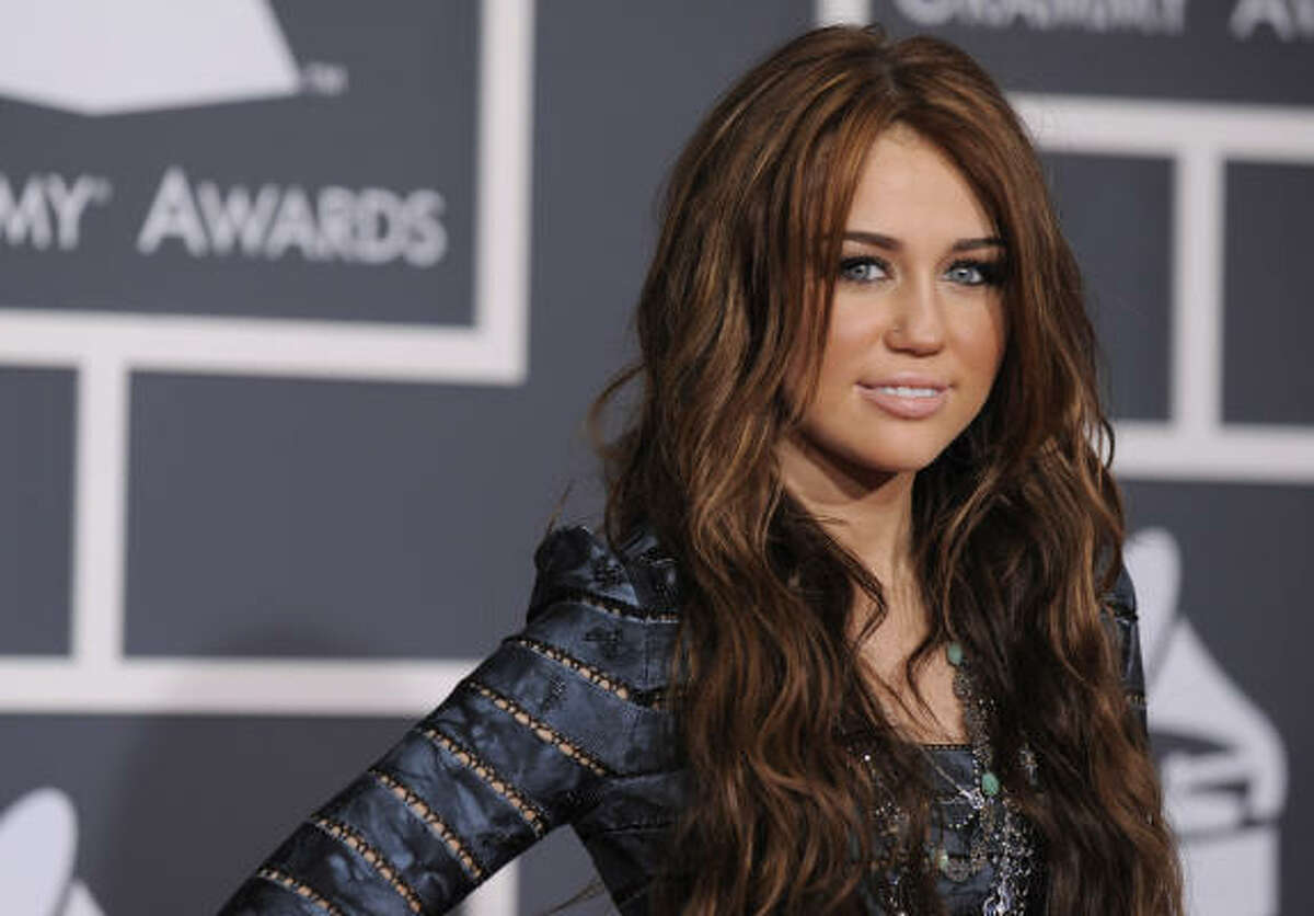 Teen star Miley Cyrus' fans (and their parents) took to the internet to express their displeasure with Cyrus' view on nudity in films. Cyrus, in an interview, said she would consider a nude scene