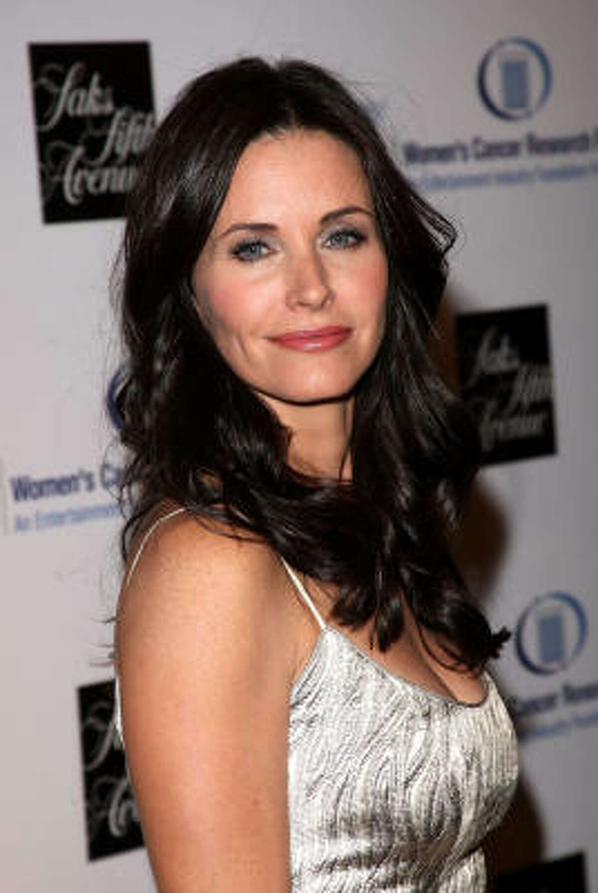 Courteney Cox-Arquette: Friends hot What's so wrong with being a cougar? At MomHouston.com.