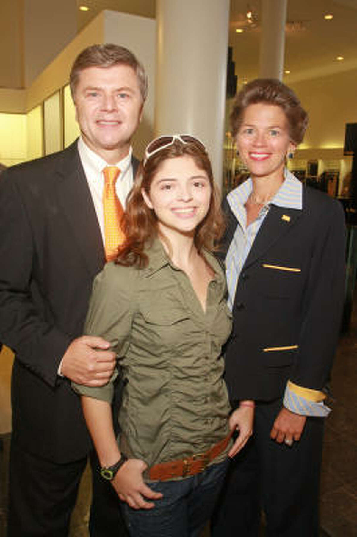 Jim Pearson, from left, with his daughter, Megan, and sister, Bain Pearson.