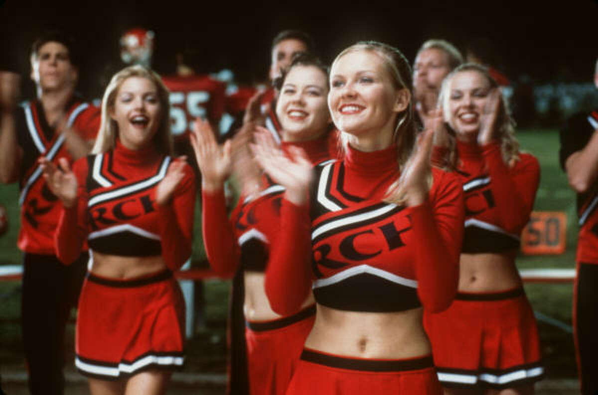Kirsten Dunst As the star of the quintessential high-school cheerleading movie, Dunst had real-life experience with the part. She cheered as a teenager.