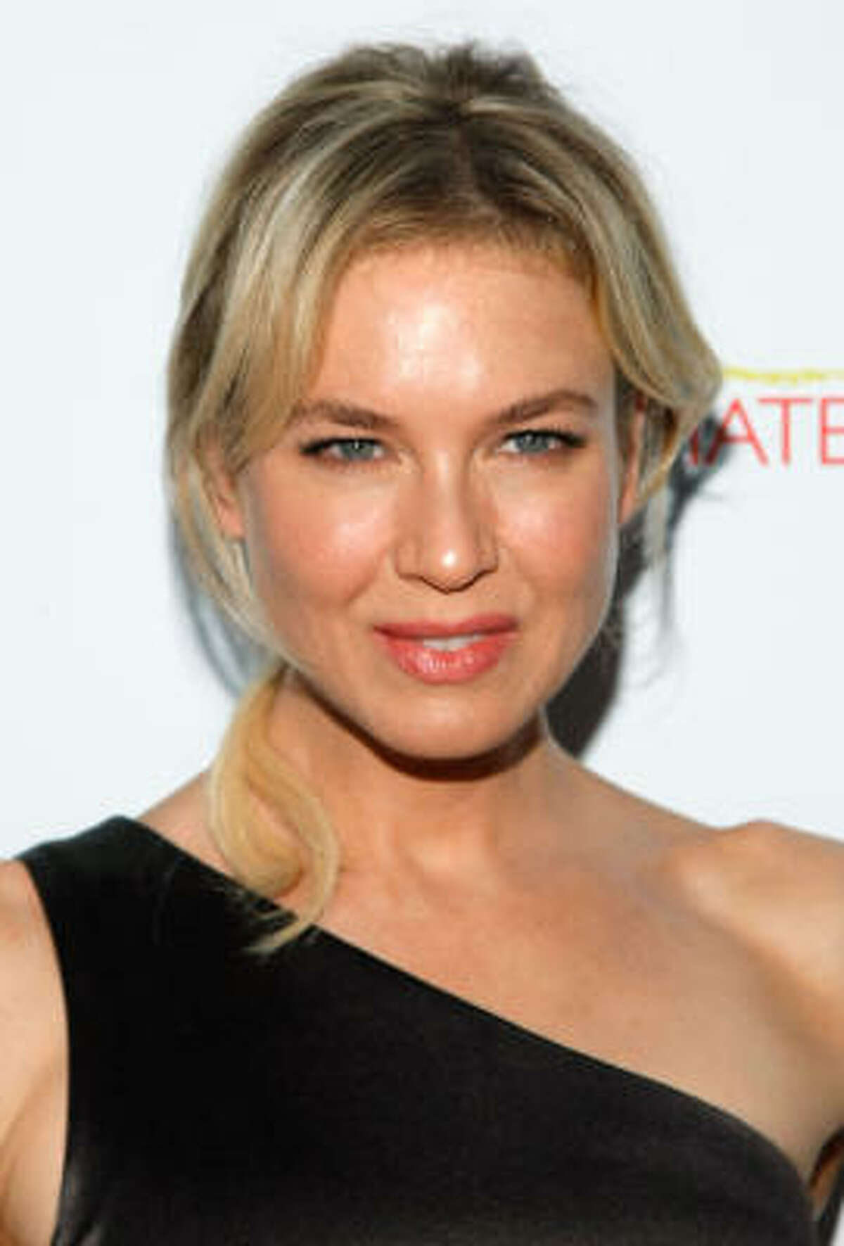 Renee Zellweger This hometown girl cheered for the Katy High School Tigers.
