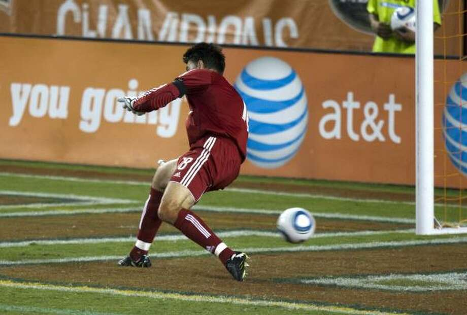 Sept. 5: Earthquakes 2, Dynamo 1Dynamo goalkeeper Pat Onstad can't stop a shot by San Jose's Geovanni in the 63rd minute to give San Jose a 2-1 lead in Sunday's match at Robertson Stadium. Photo: Bob Levey, Getty Images