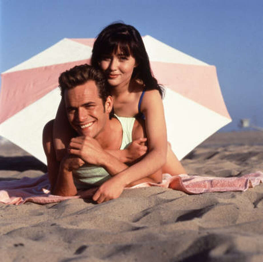 Then: Luke Perry and Shannen Doherty played couple Dyan McKay and Brenda Walsh. Photo: Andrew Semel, Fox Broadcasting Co.