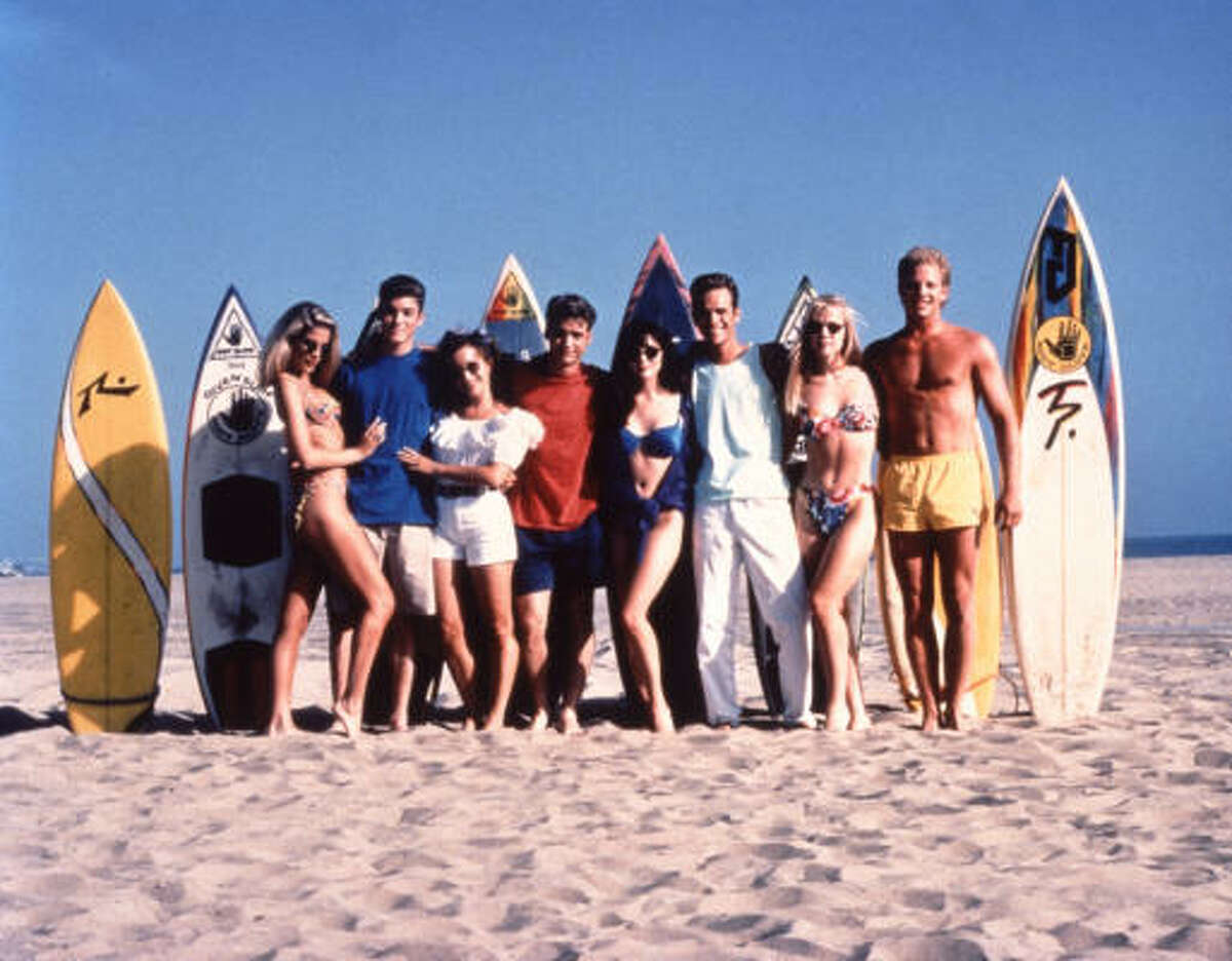 Surf's up for the original cast of Beverly Hills 90210.