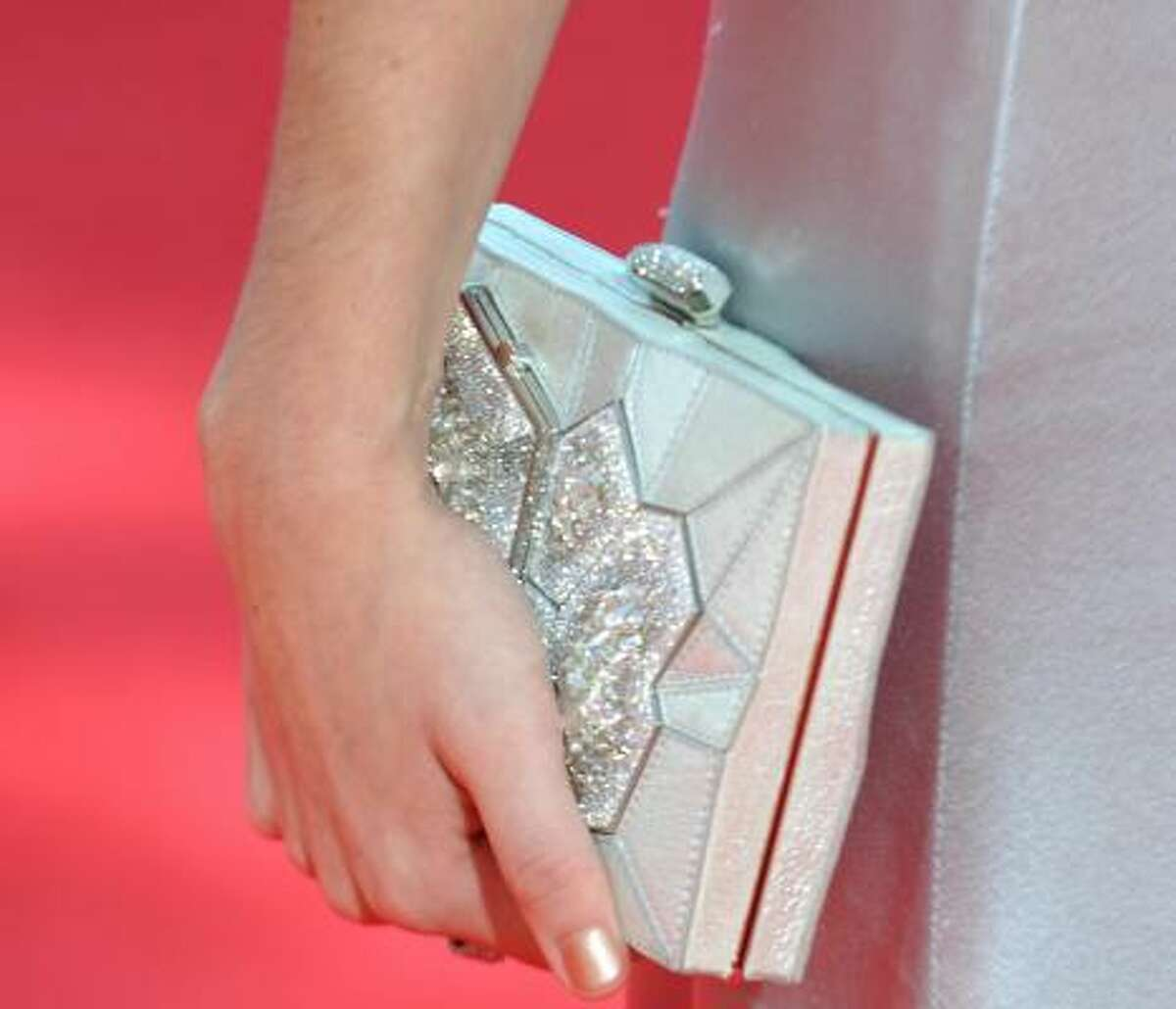 Sarah Hyland's vintage-looking purse.