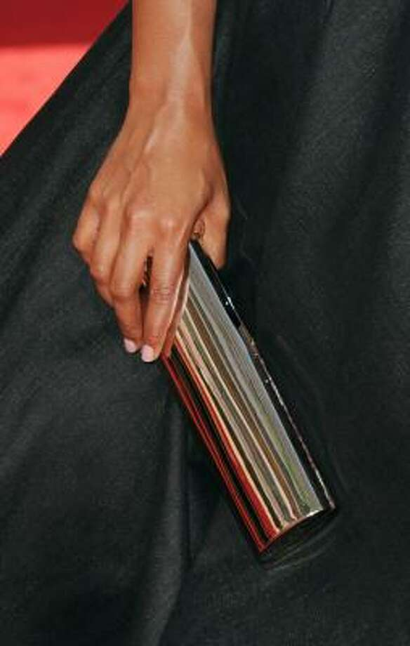 Mindy Kaling's purse could double as a mirror. Photo: Jason Merritt, Getty Images