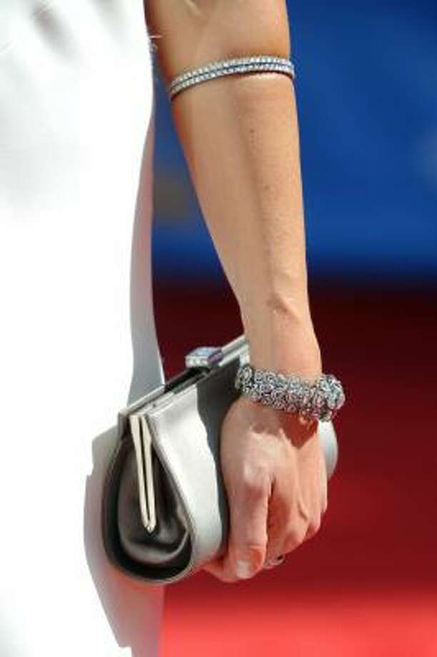 Julie Benz wears a cuff bracelet high on her forearm. Photo: Frazer Harrison, Getty Images