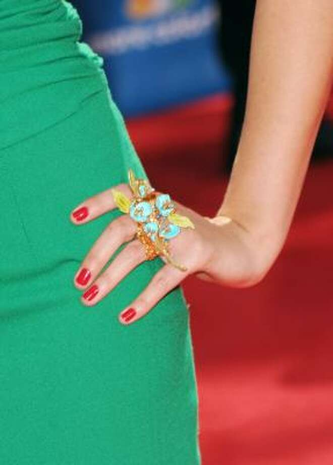 Lo Bosworth's ring looks like it sprouted on her hand. Photo: Jason Merritt, Getty Images