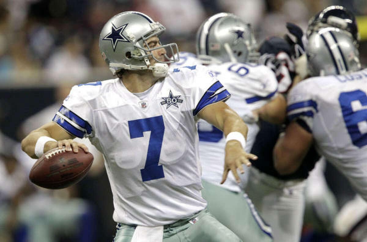Cowboys quarterback Stephen McGee makes a throw during the fourth quarter.