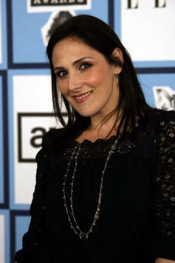 Ricki Lake pregnancy book
