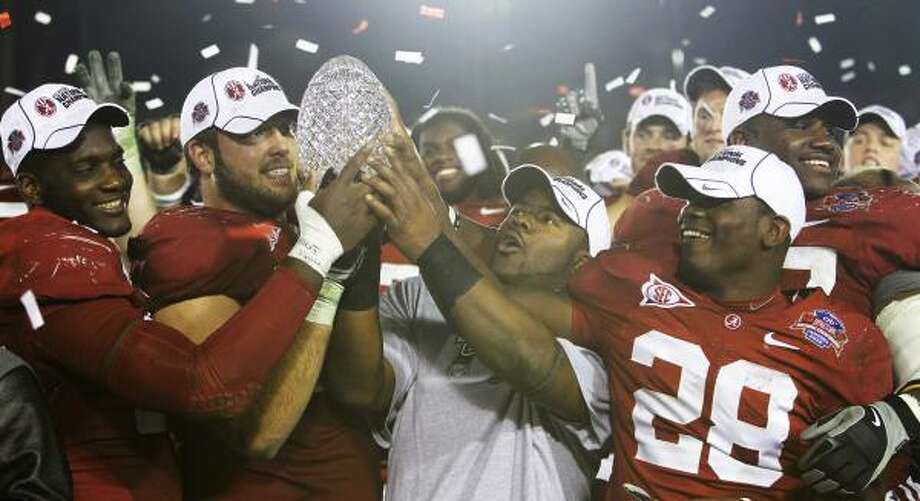 No. 1: Alabama Photo: Marcio Jose Sanchez, AP