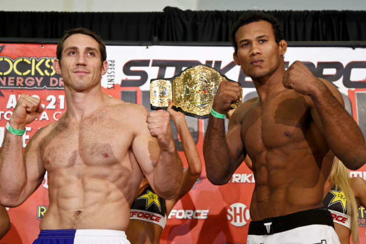 Tim Kennedy, left, and Jacare Souza will fight for the middleweight title.