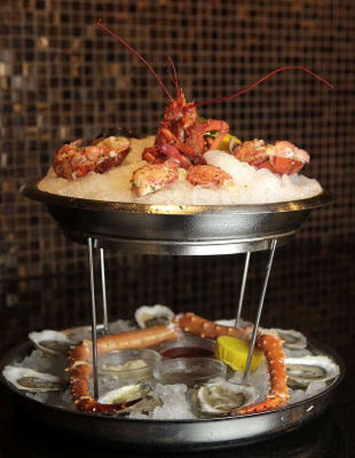 The Seafood Tower Photo: Julio Cortez :, Chronicle
