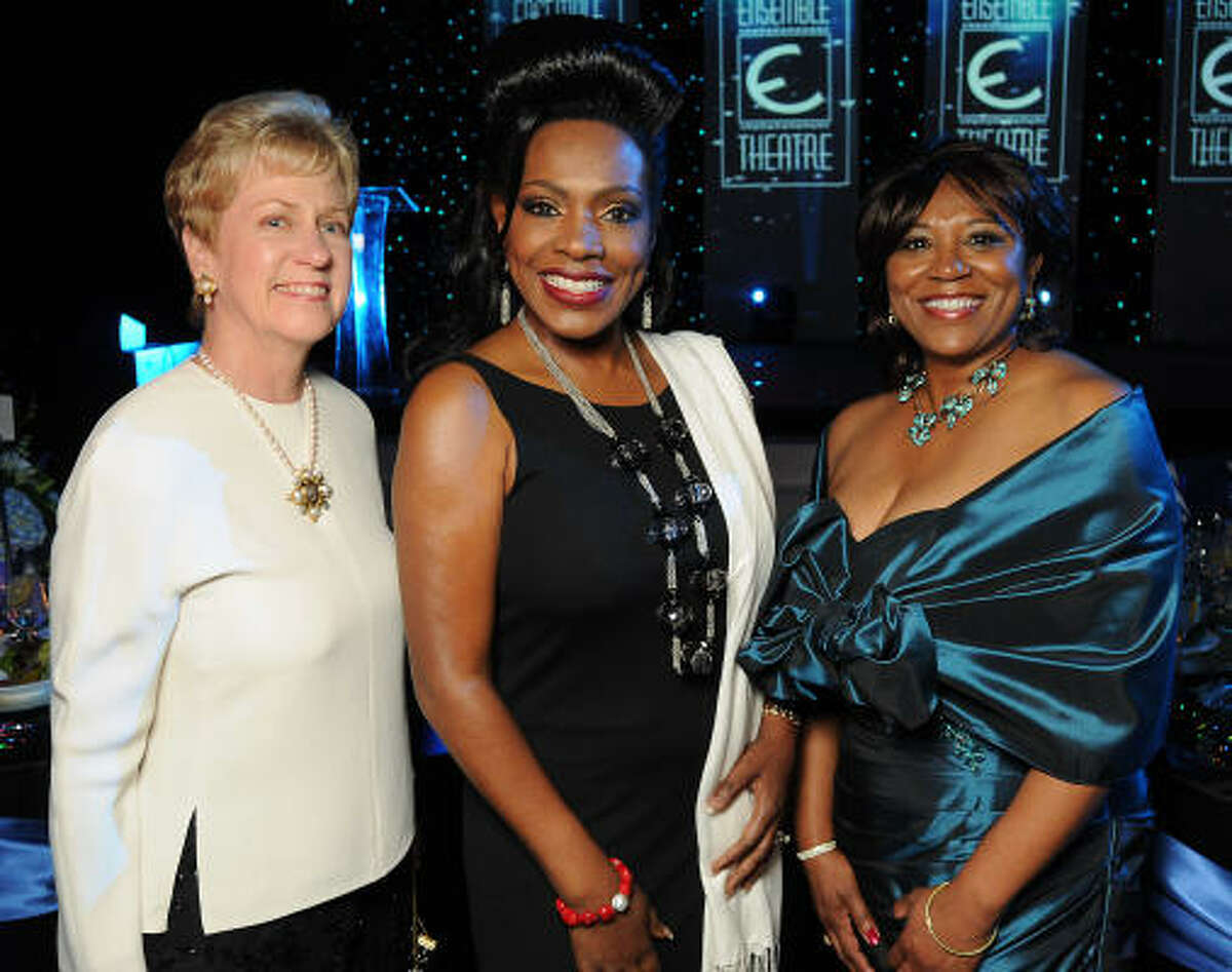 From left: Lennit Deily, Sheryl Lee Ralph and Jackie Phillips at the Ensemble Theatre's 2010 Black Tie Gala at the Hilton Americas-Houston.