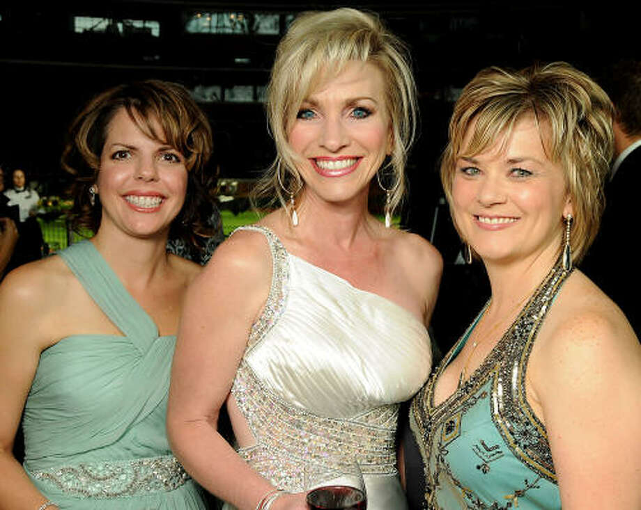 From left: Cindy Lewis, Laurie DeClaire and Wendy Drapela Photo: Dave Rossman, For The Chronicle