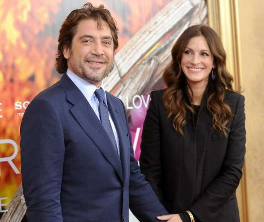 Javier Bardem and Julia Roberts Photo: Evan Agostini, AP