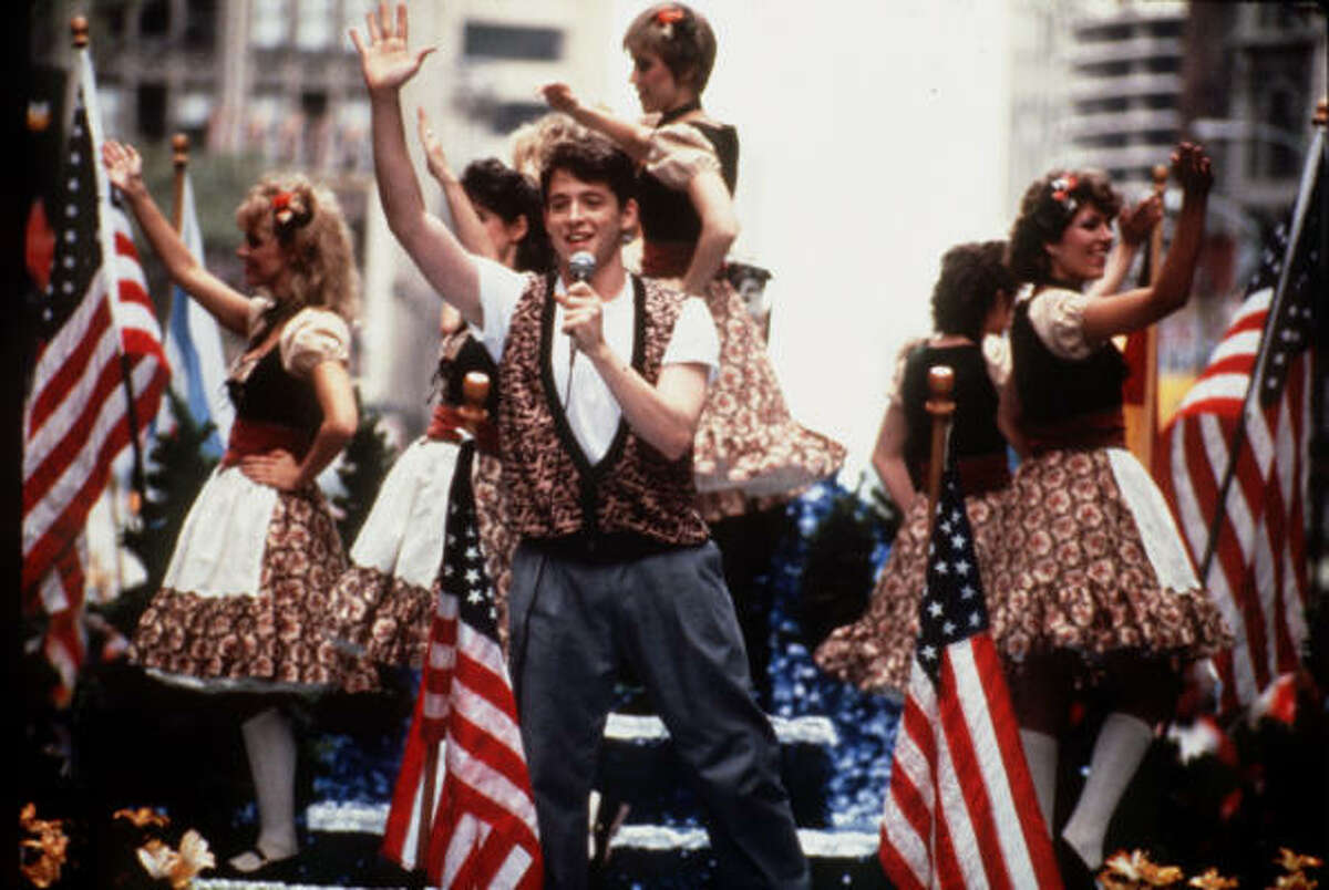 What kind of car does Ferris (Matthew Broderick)