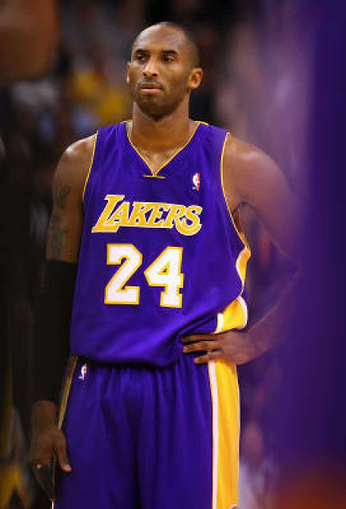 Dec. 1 Kobe Bryant and the Los Angeles Lakers.