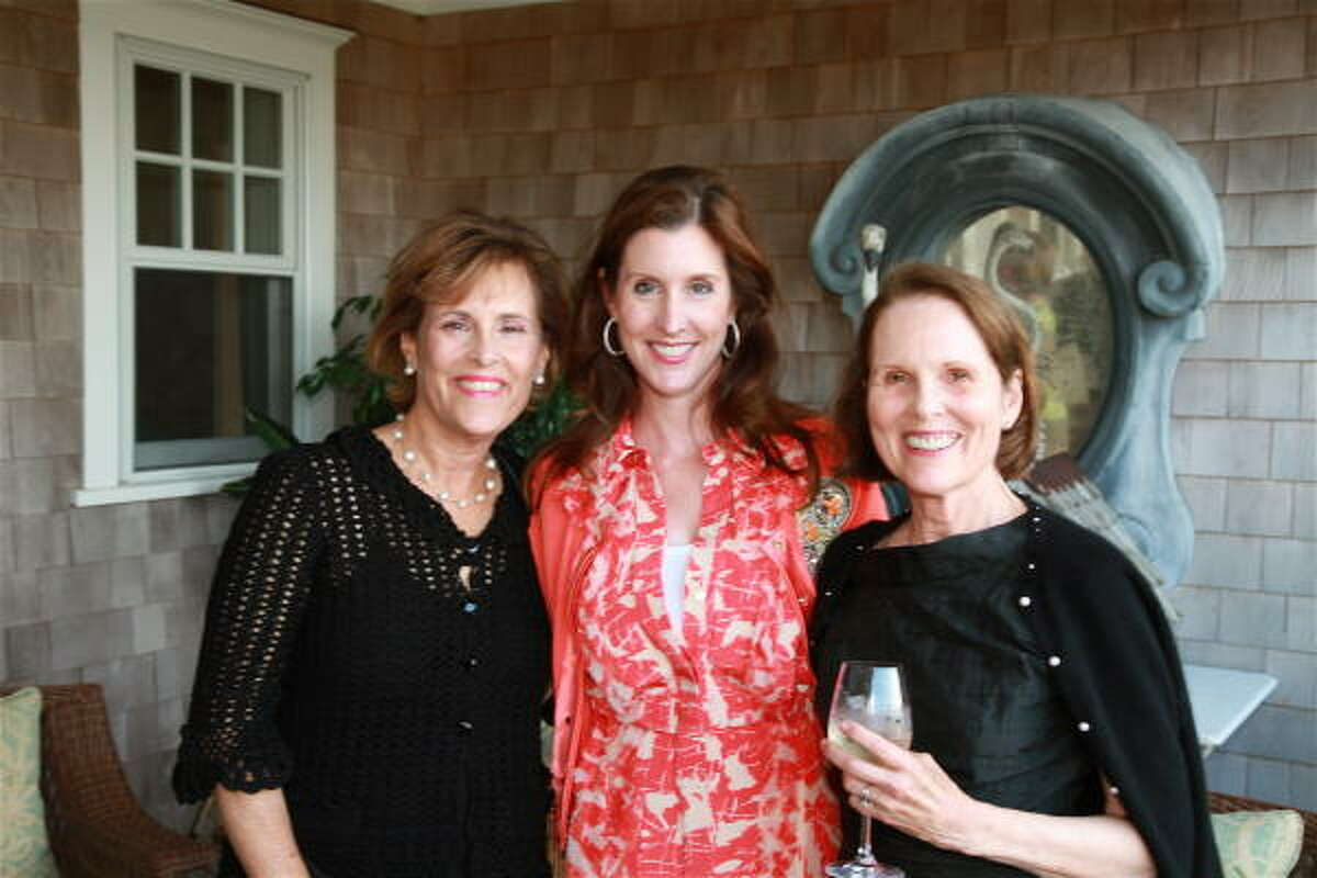 Elizabeth Wareing, Phoebe Tudor and Mary Wolff at a reception for M.D. Anderson Cancer Center supporters at the seasonal home of Phoebe and Bobby Tudor in Nantucket, Mass.
