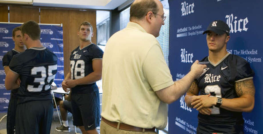 The arrival of running back Sam McGuffie, right, will bring a new dimension to Rice's offense. Photo: James Nielsen, Chronicle