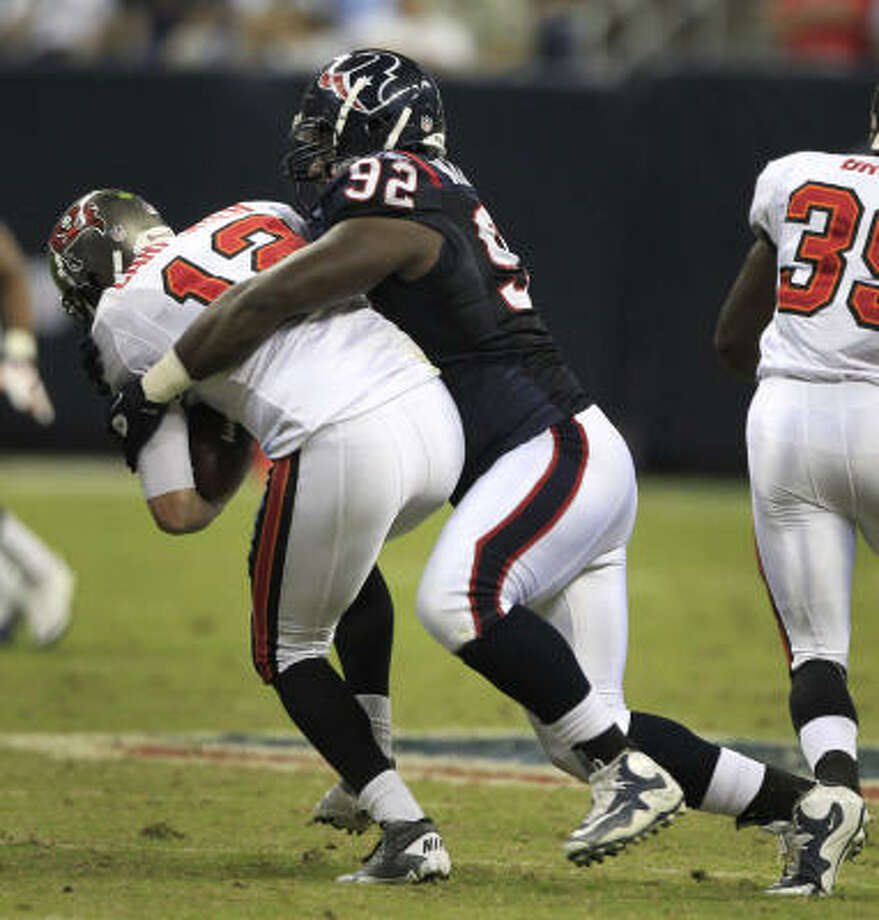 Texans defensive tackle Earl Mitchell (92) could start in place of Amobi Okoye in Sunday's game at the Redskins. Photo: Brett Coomer, Chronicle