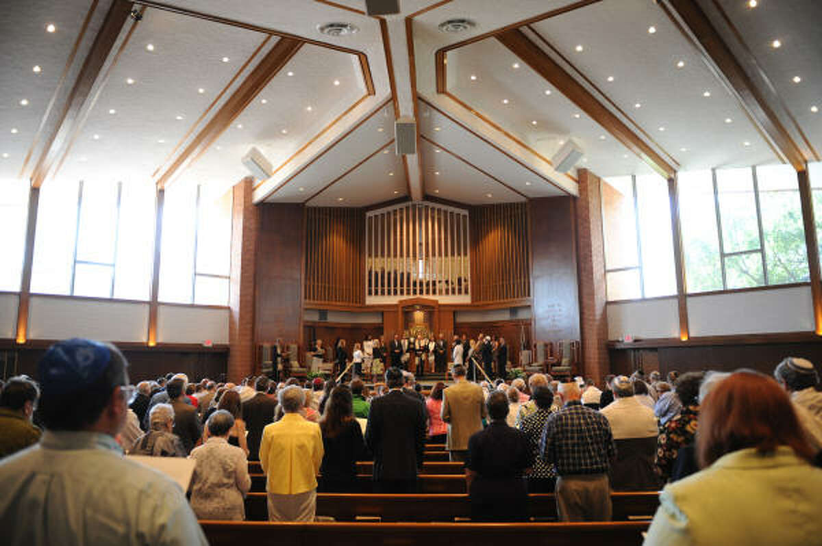 """""""The 800-seat sanctuary at Emanu El is one of the most moving worship spaces in Houston."""""""