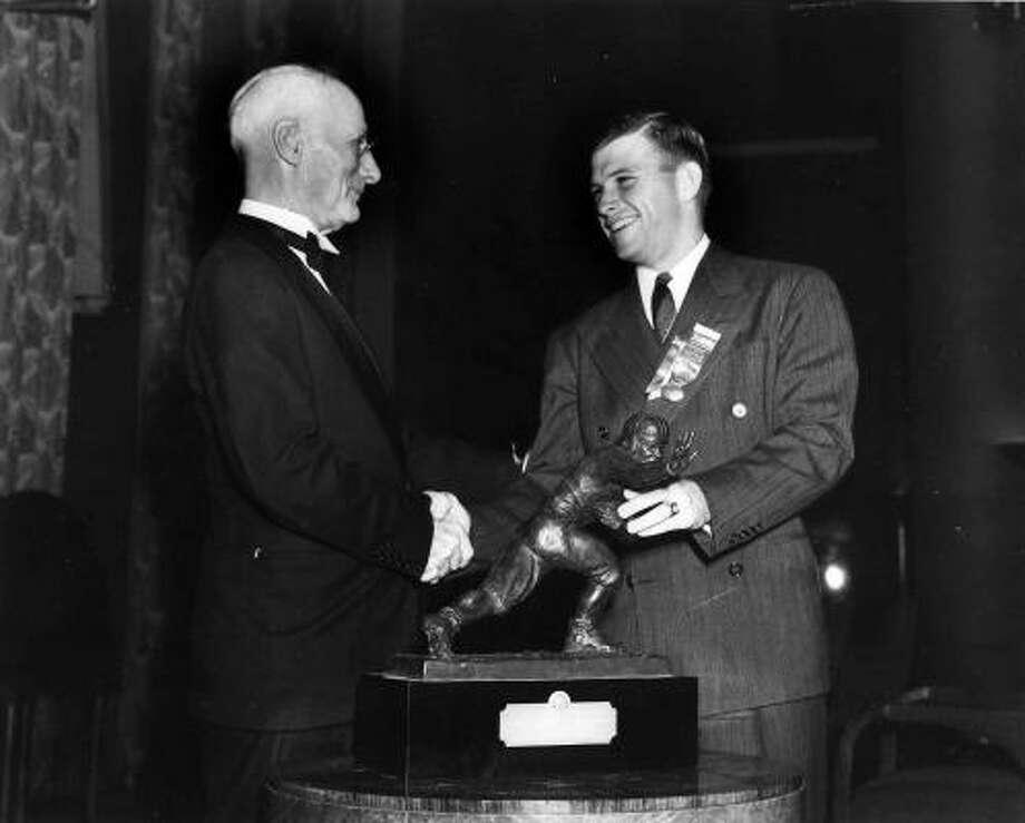 1938: Davey O'Brien  School: TCU  Position: Quarterback  Class: Senior  Photo: AP