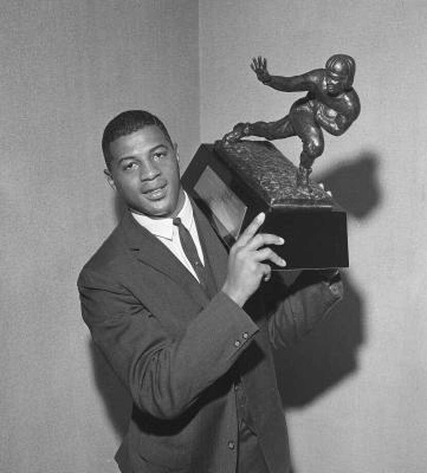 1961: Ernie Davis  School: Syracuse  Position: Running back  Class: Senior  Photo: AP