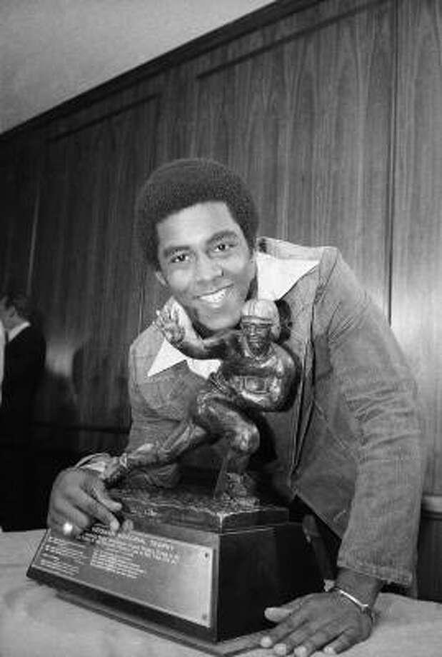 1976: Tony Dorsett  School: Pittsburgh  Position: Running back  Class: Senior  Photo: AP