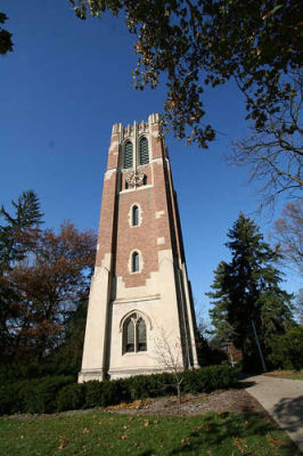 School: Michigan State UniversityPopulation: 37,454Source: US News Photo: Eschipul, Flickr
