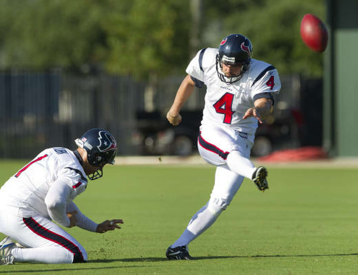 Neil Rackers, who signed with the Texans as a free agent during the offseason, is competing with Kris Brown for the kicking duties in training camp.