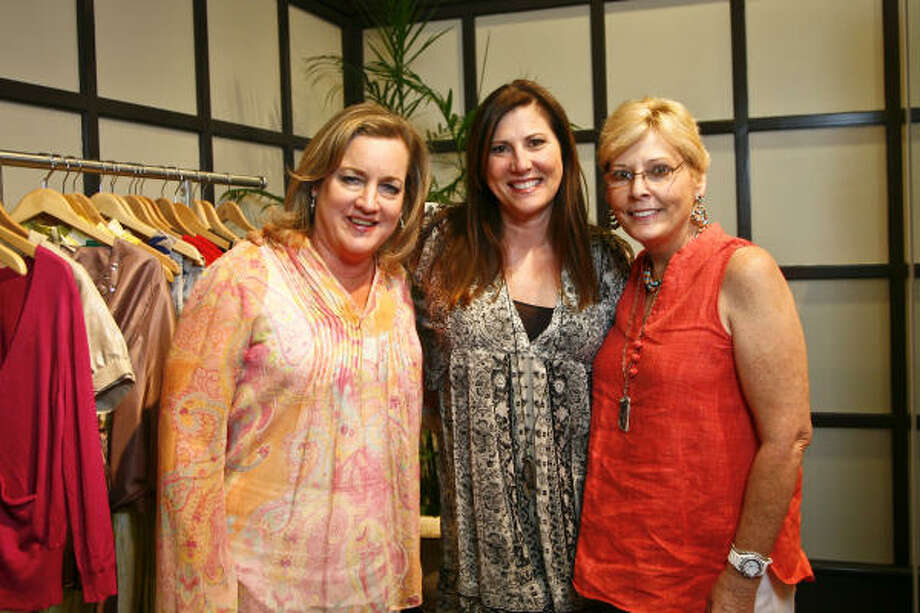 Jeanie Janke, Kathy Bracewell and Sandy Eckles at Toast the Coast, a shopping party at the Elaine Turner flagship boutique with 20 percent of proceeds benefiting the National Wildlife Federation and their relief work for the devastation caused by the Gulf Coast oil spill. Photo: Michael Paulsen, Chronicle