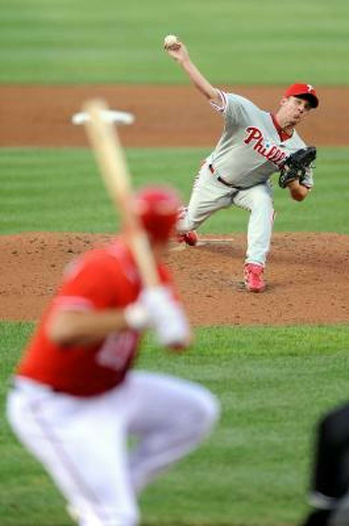 Roy Oswalt faced the Nationals in his first outing with the Phillies.