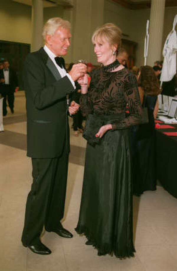 Robert von Hagge and his wife Gretta at the Astros Wives Gala  Aug. 17,2000. Photo: Dave Rossman, Special To The Chronicle