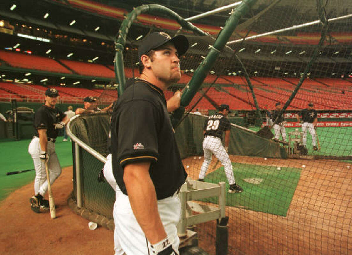 Berkman looks around the spacious confines of the Astrodome during batting practice July 16, 1999, the day he was called up to replace an injured Carl Everett on the Astros' roster.