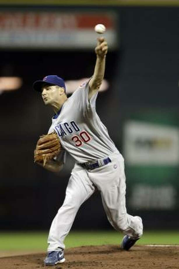 Cubs pitcher Ted Lilly received a no-decision after holding the Astros scoreless in 5 2/3 innings. Photo: David J. Phillip, AP