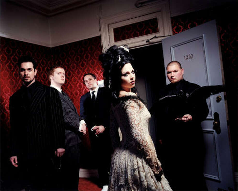 Evanescence Photo: Handout