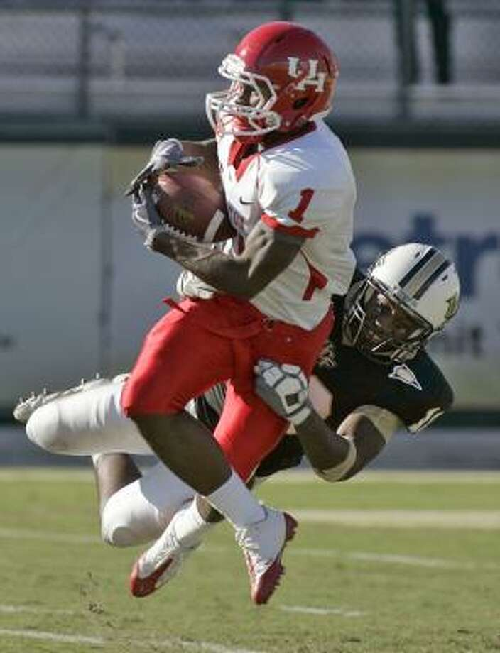 A.J. Dugat from Dayton had 14 catches for 170 yards for the Cougars as a freshman. Photo:  Reinhold Matay, AP
