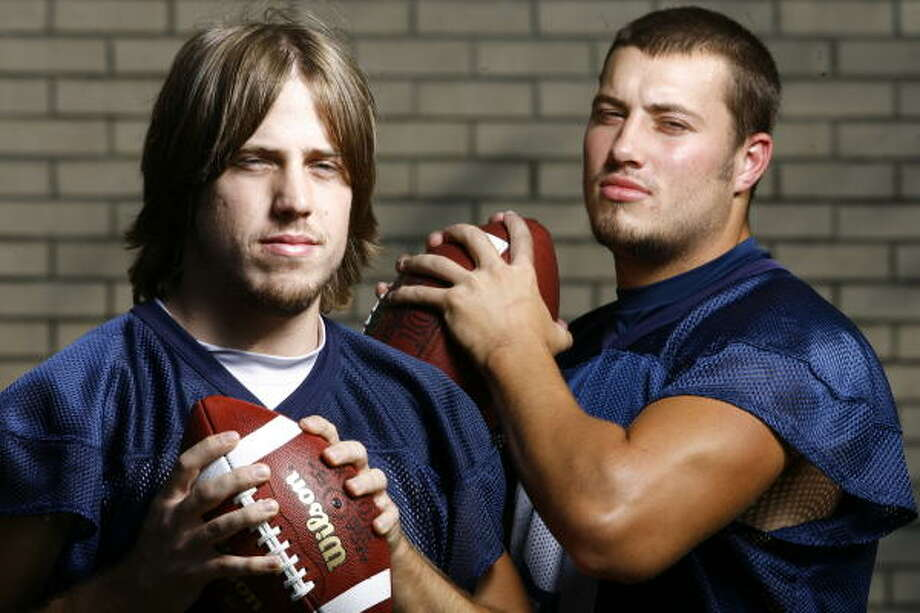Case Keenum (left, shown in 2007) and Blake Joseph shared time at quarterback last season, but Keenum won the starting job outright during this year's fall camp. Photo: Nick De La Torre, Chronicle
