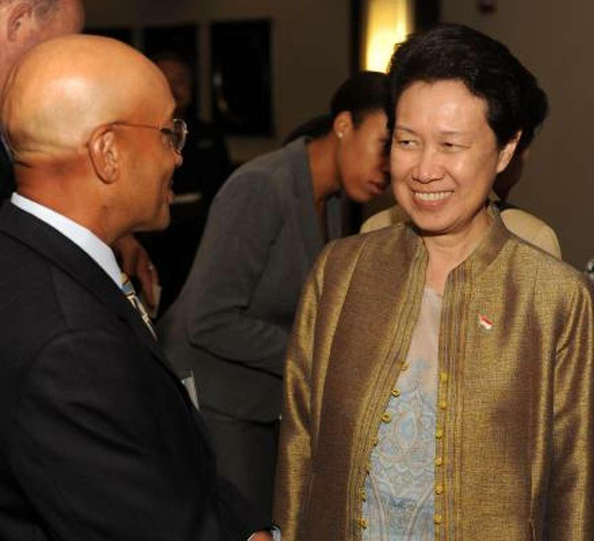Vijay Goradia and Madame Ho Ching